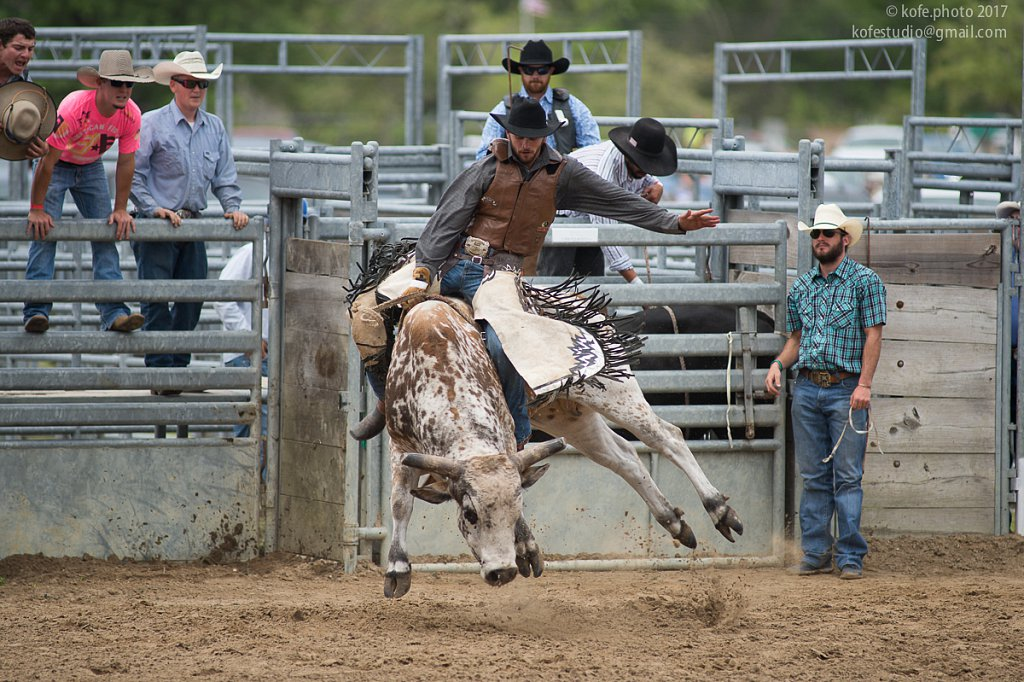 Cracker Day 2017. Bunnell. Bull riding